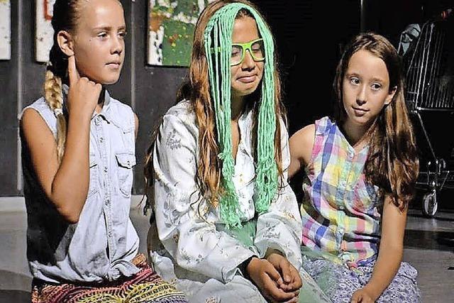 Hans-Thoma-Schüler trauen sich auf die Bühne