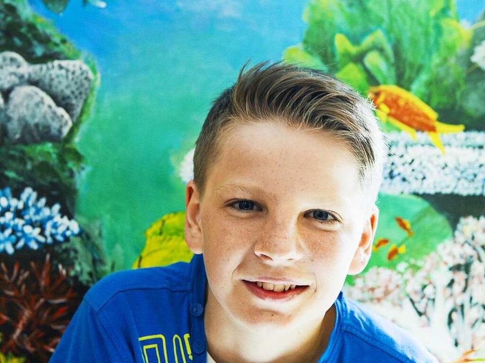 Talent Malen: Mit 13 Jahren hat   Luka...eftrich)  schon Ausstellungen gezeigt.  | Foto: Schoenen