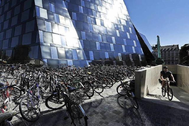Bilanz der ersten Tage: Wie kommt die neue UB in Freiburg an?