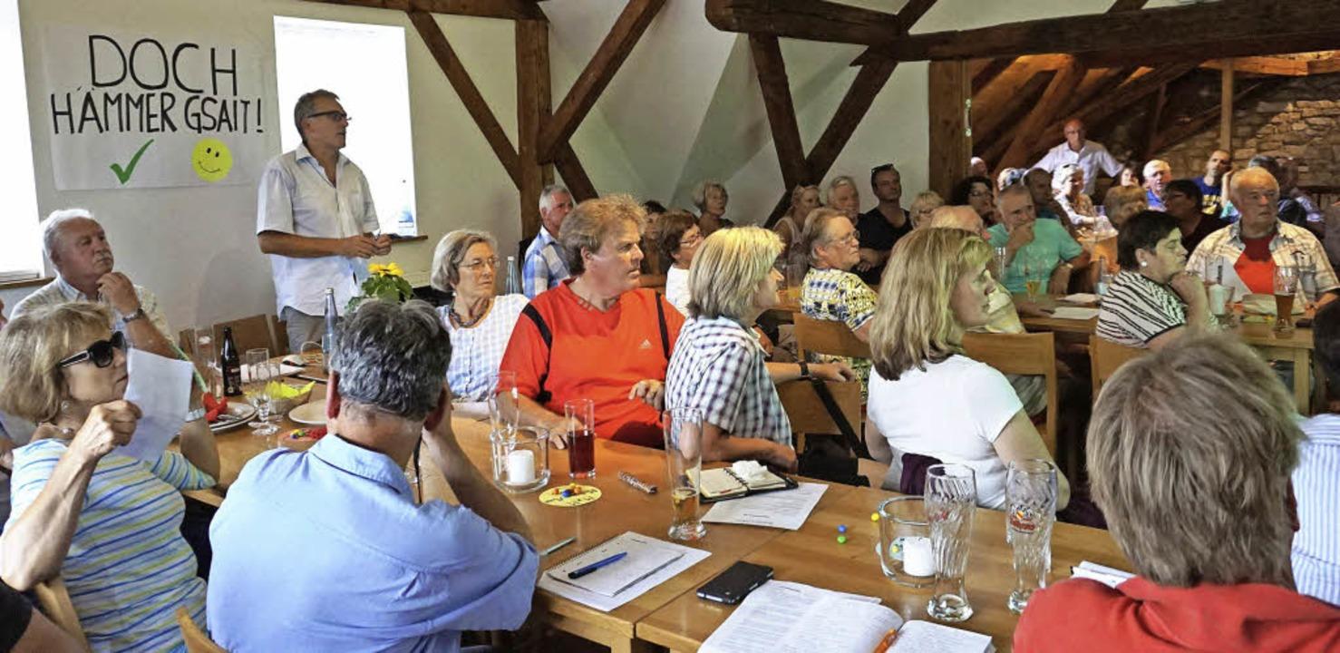 Viele Supermarktbefürworter kamen aus ... ins Gasthaus Bolando in Bollschweil.   | Foto: Julius Steckmeister