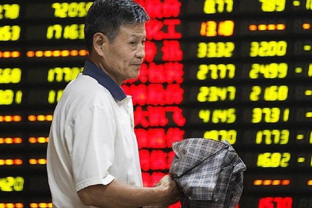 Chinas Börsen stürzen ab – Stoppmechanismen eingebaut