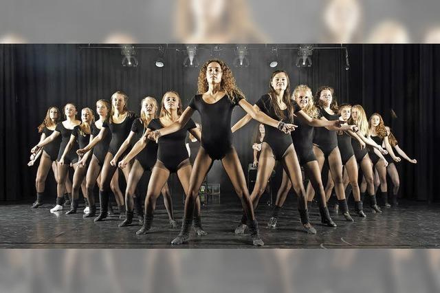 Jazzdance-Aufführung in der Kirchzartener Fußgängerzone