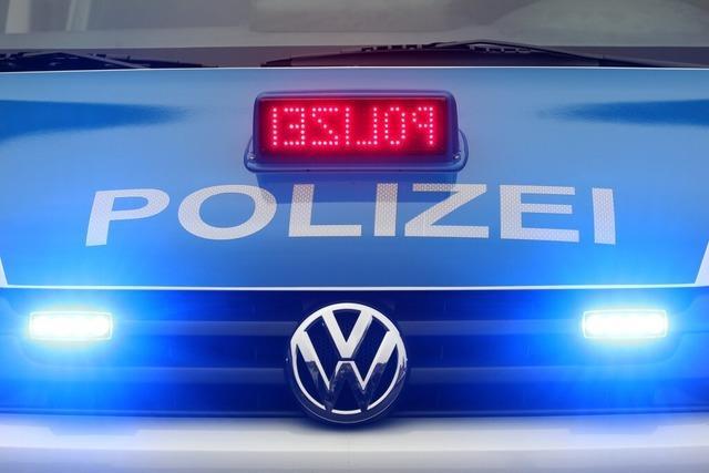 A5 bei Hartheim: Unfall mit fünf beteiligten Autos