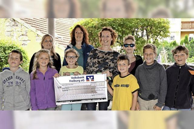 Grundschüler spenden für humanitäre Projekte