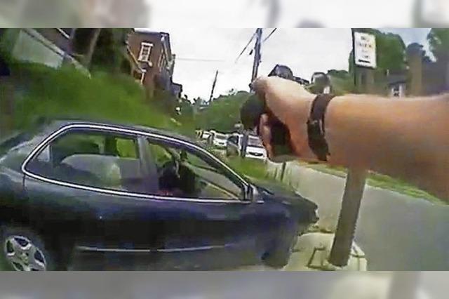 Weißer US-Polizist soll unbewaffneten Schwarzen getötet haben