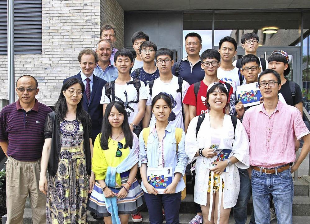 Die chinesischen Gäste beim Empfang im Landratsamt  | Foto: GHSE