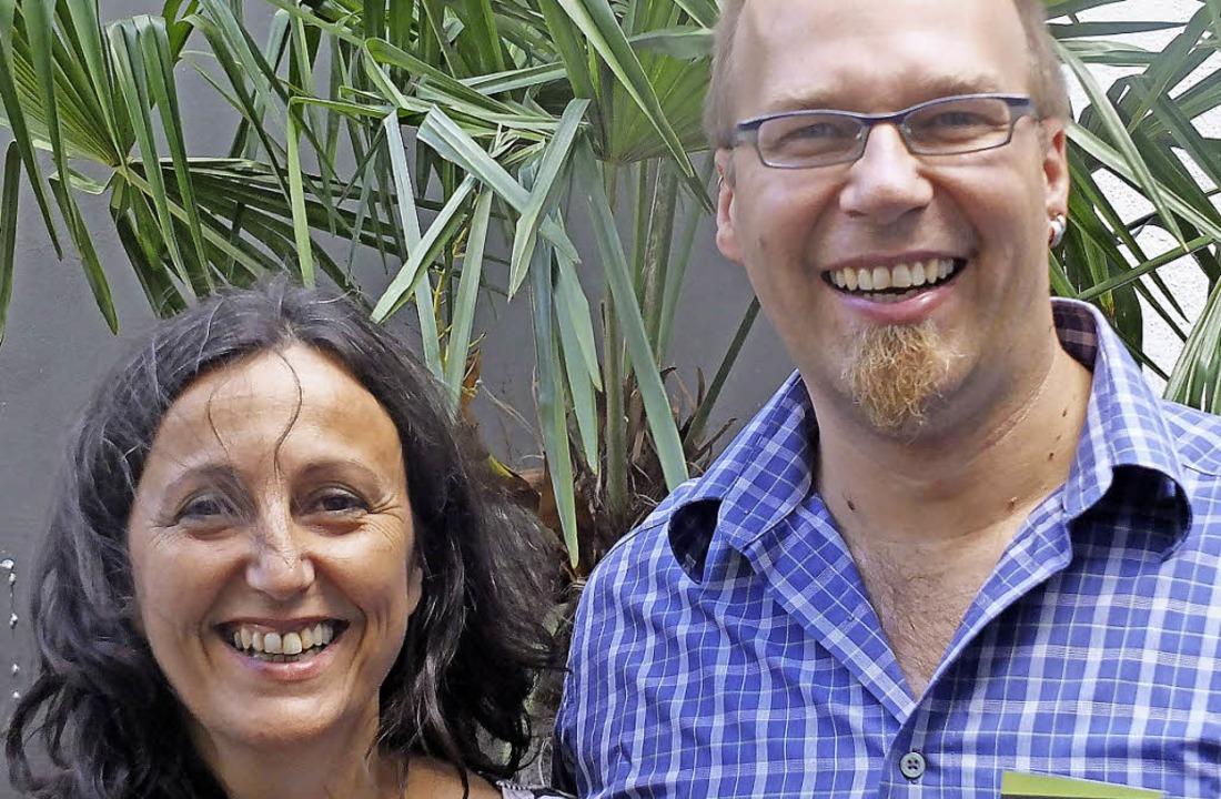 Leisen und unterstützen die Arbeit im ...  Valerie Bonfiglio und  Stefan Roth.   | Foto: Martina David-Wenk