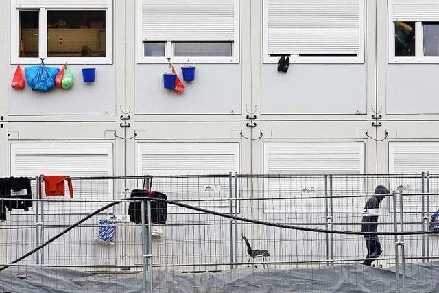 Notunterkünfte für Flüchtlinge: Wohncontainer werden knapp
