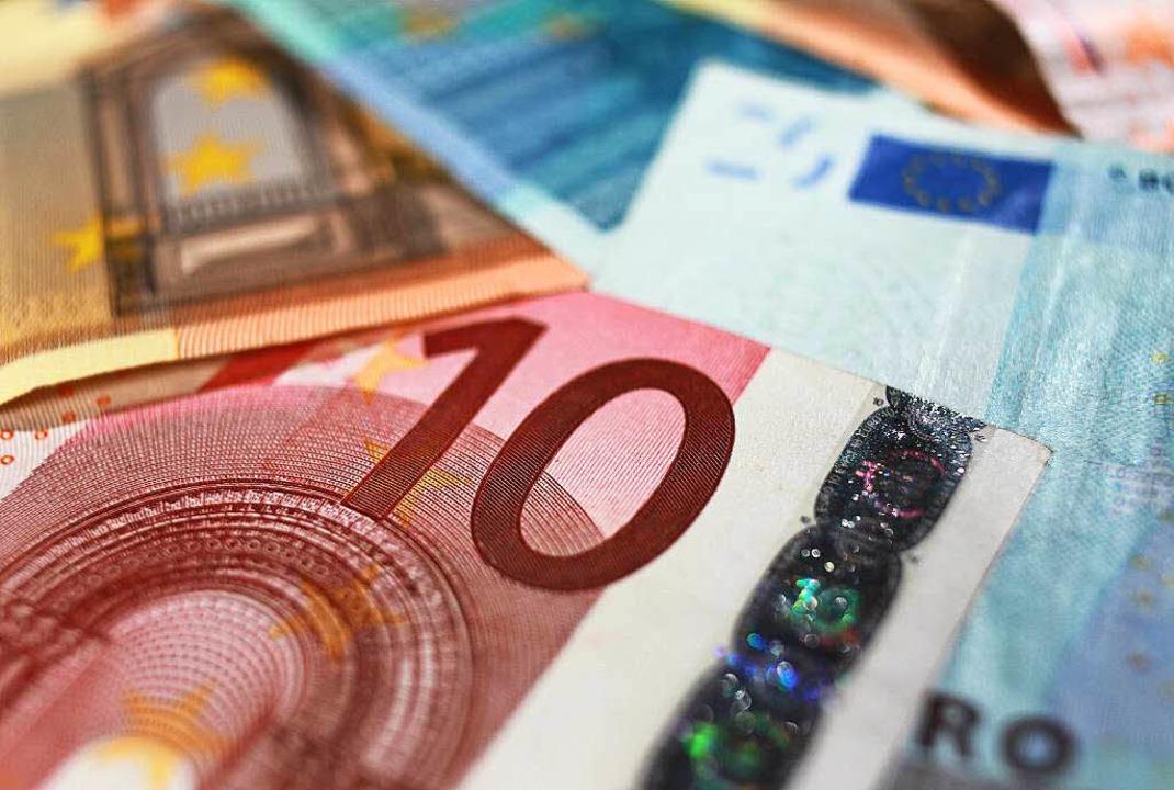 Wem gehört das Bargeld von der Toilette der Sommerrodelbahn in Todtnau?  | Foto: dpa