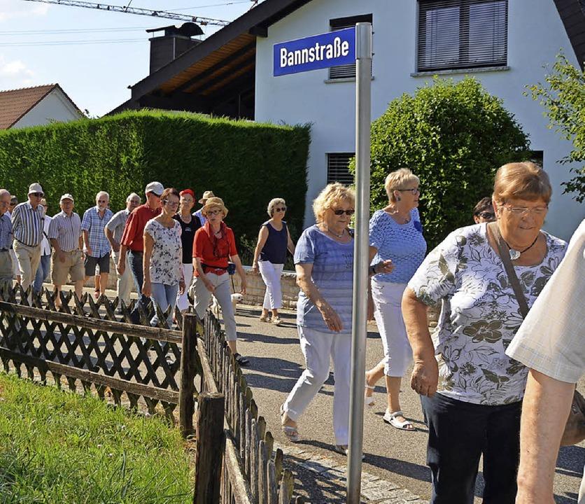 Die Bannstraße markiert die Grenze zwischen Kirchen und Efringen.   | Foto: Langelott