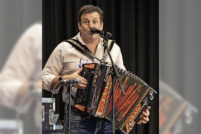 Marc Pircher begeistert sein Publikum im Bürgerhaus