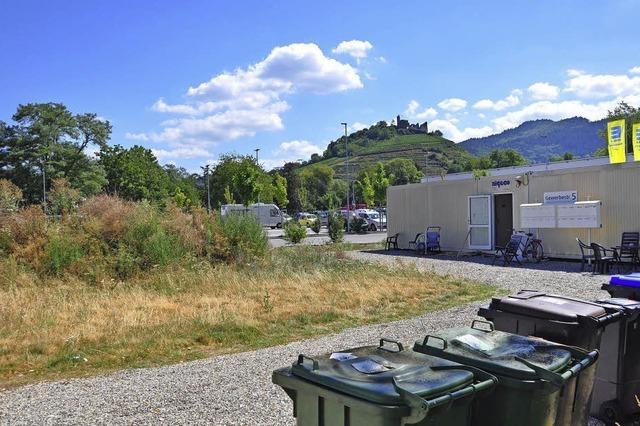 Container und Zelte, aber keine Hallen