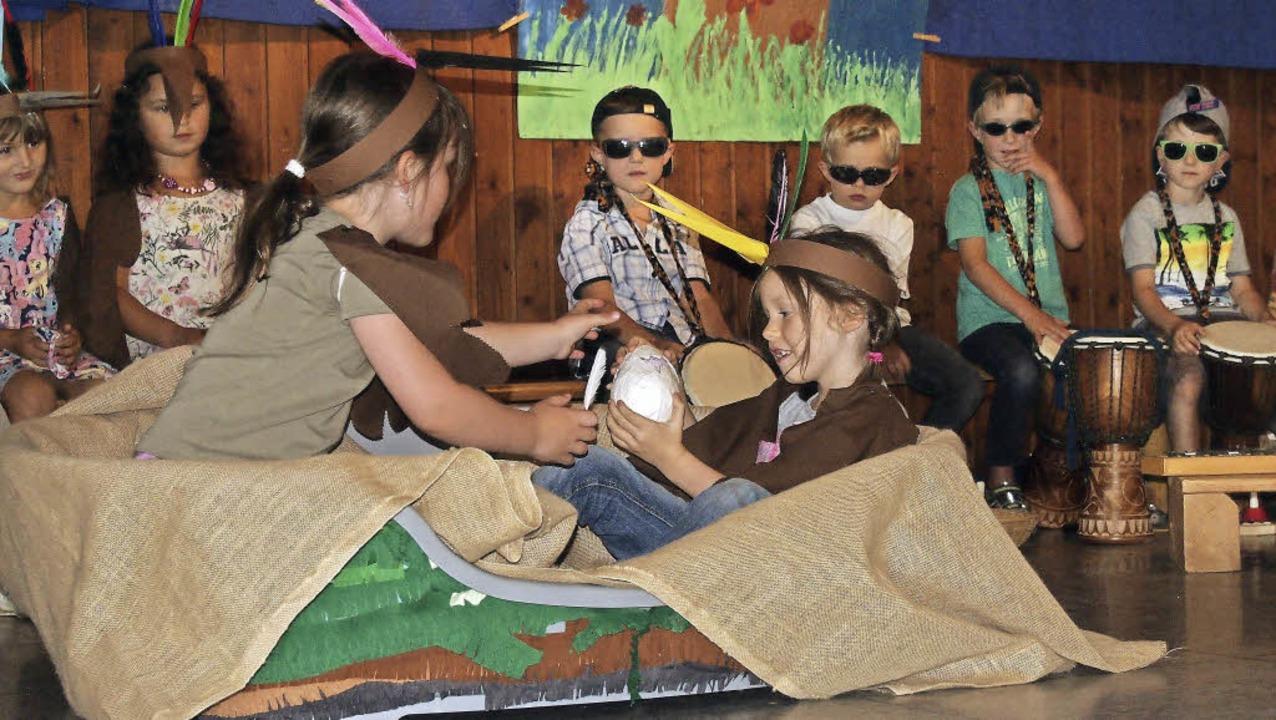 Mit viel Eifer spielten und sangen die...merfest des Hägelberger Kindergartens.  | Foto: Gabriele Poppen