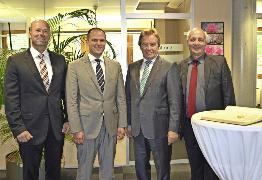 Ministerbesuch in den Stadtwerken: Ges...ordnete Alexander Schoch  (von links)   | Foto: Nikolaus Bayer