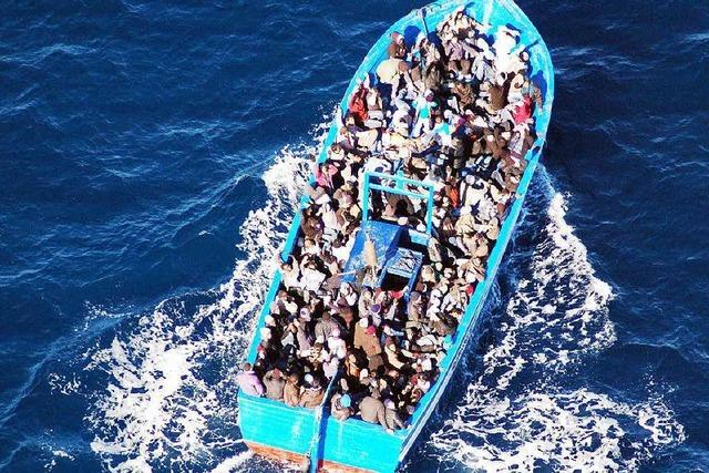 Warum kommen so viele Migranten über Libyen?