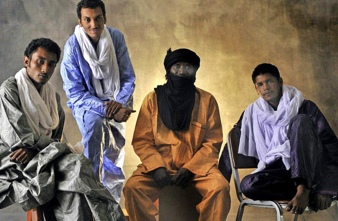 Bombino (Zweiter von links) und seine Band   | Foto: Promo