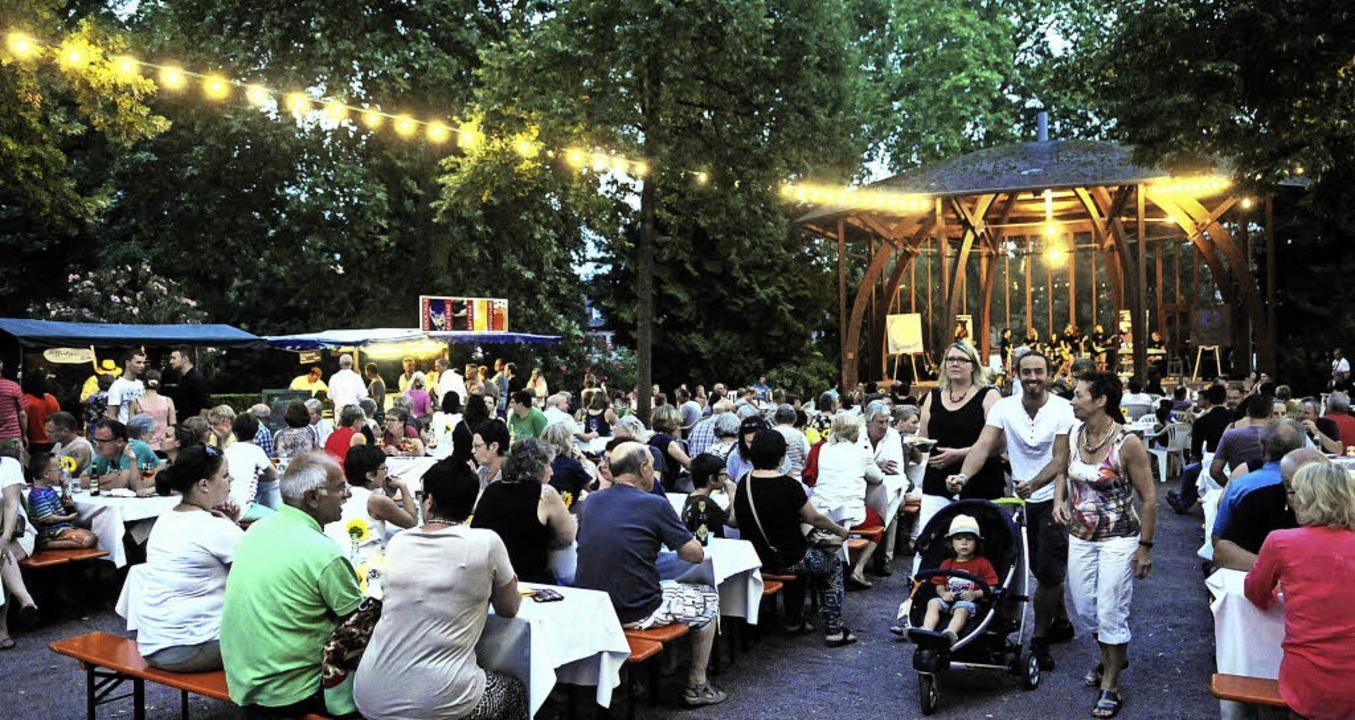 Angenehmer Fluchtpunkt nach der brüten...erhitze: Kunst und Genuss im Stadtpark  | Foto: W. KÜNSTLE