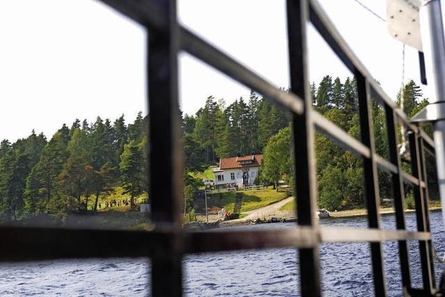 Rückkehr auf die Insel des Breivik-Anschlags erzeugt Kritik