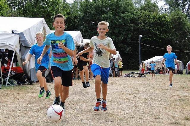 Großes Zeltlager des Badischen Turnerbundes mit 485 Teilnehmern
