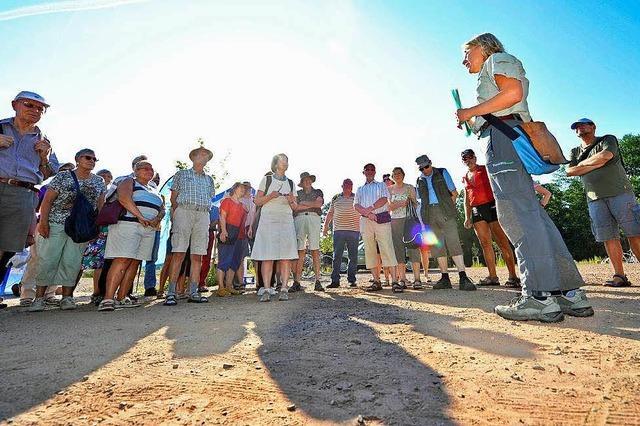 Leser erkunden die Geschichte des Opfinger Baggersees