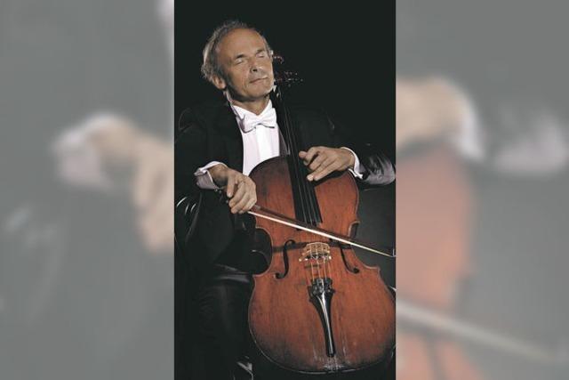 Cellist Johann-Sebastian Sommer spielt Bach in Freiburg