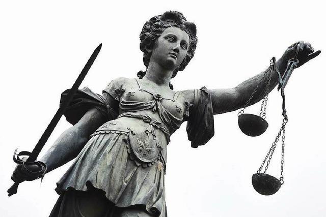 Schizophrener Mann aus Herdern vor Gericht: Was tun?