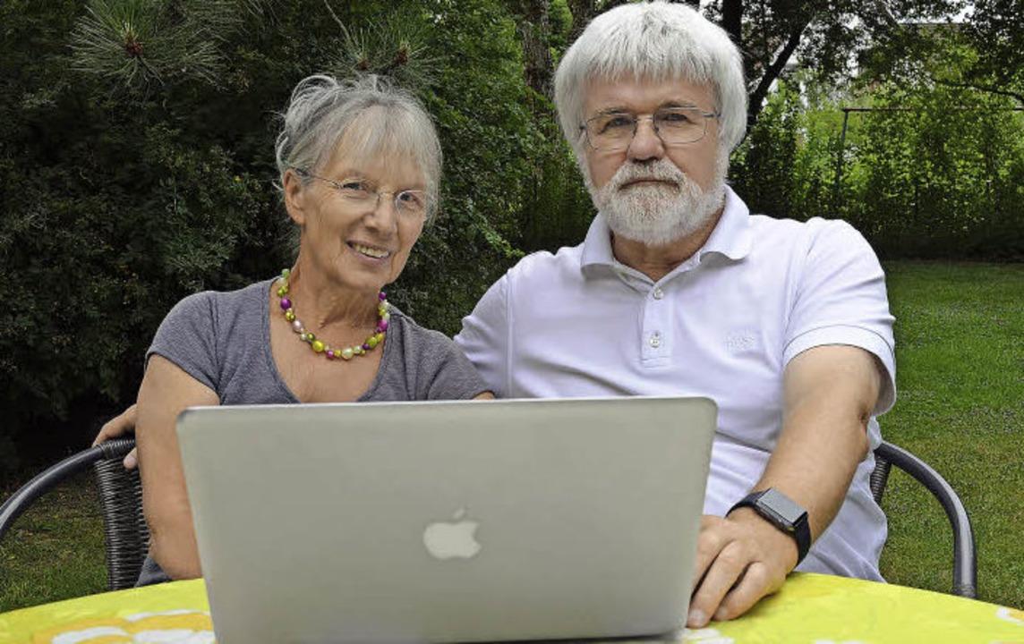 Ob im heimischen Garten, im Büro oder ...nternetplattform Seniorentreff aktiv.   | Foto: Nikola Vogt