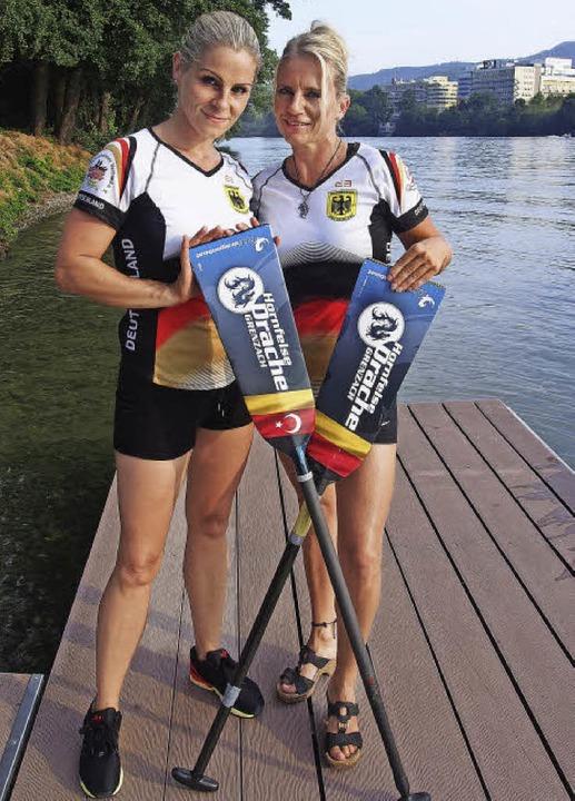 Manja Heyn (links) und Alexandra Kowat...achenboot-WM im kanadischen Welland.    | Foto: Katharina Schiller