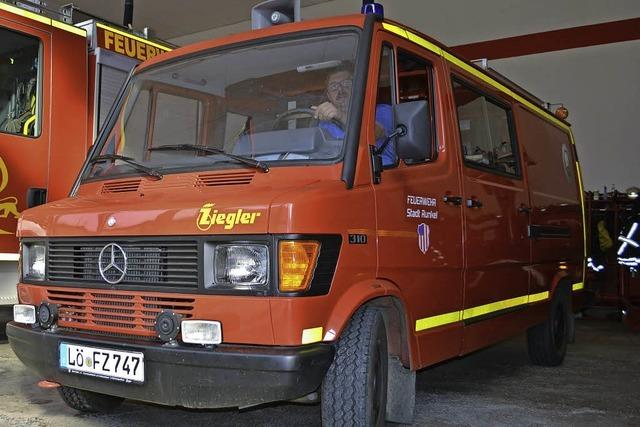 Gebrauchtes Feuerwehrauto bei Zollauktion ersteigert