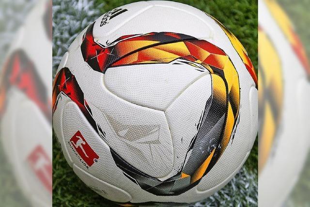 Fußball wieder mit echtem Kick