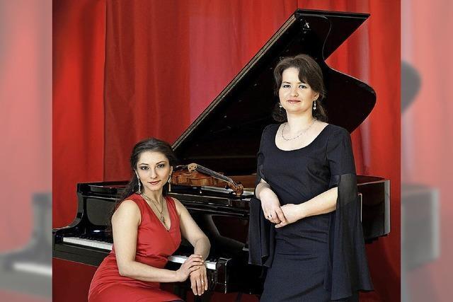 Violine und Klavier: Valeria Gleim und Ayla Schmitt im Augustinum