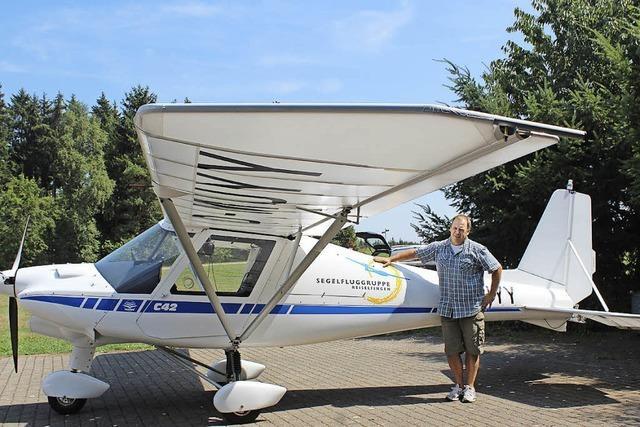 Neues Schleppflugzeug