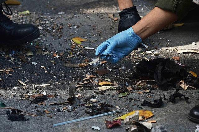Polizei in Bangkok fahndet nach einem Verdächtigen