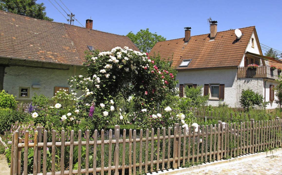 Dorfrundgang in Rheinweiler: kleine ge...cht nur wie hier im Dorfkern zu sehen.  | Foto: Jutta Schütz