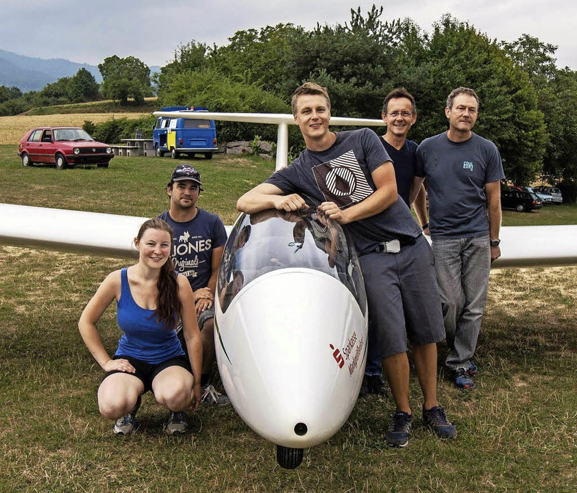 Erfolgreiche Segelflieger: Frieda Text...Heuberger, Stephan Danner (von links).  | Foto: Arno Breitenfeld
