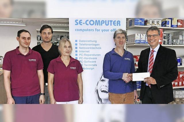 Computerfirma kehrt nach acht Jahren zurück