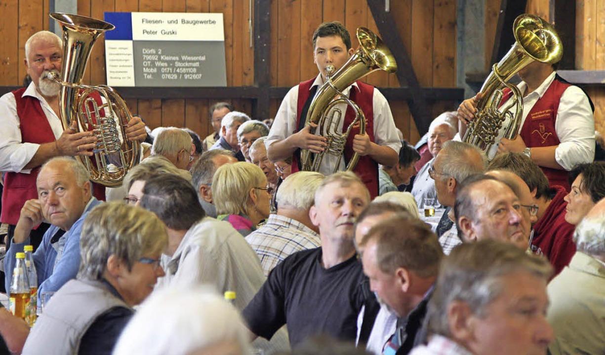Tradition hat das Imkerfest im Kleinen...im Weideschuppen in Wies stattfindet.     Foto: archivfoto: Hans-Jürgen Hege