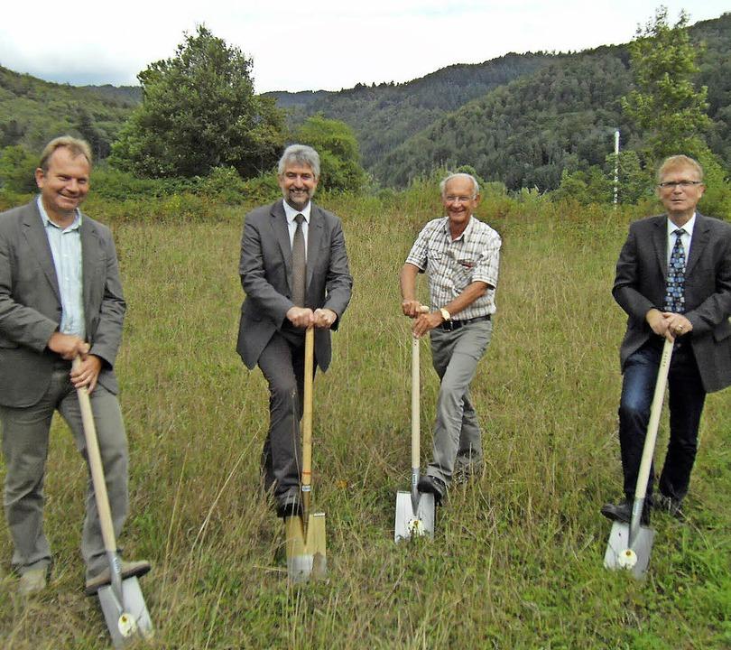 Die Erschließung kann beginnen: Bauamt...schnitt des Baugebiets Große Zelg II.     Foto: Ernst Brugger