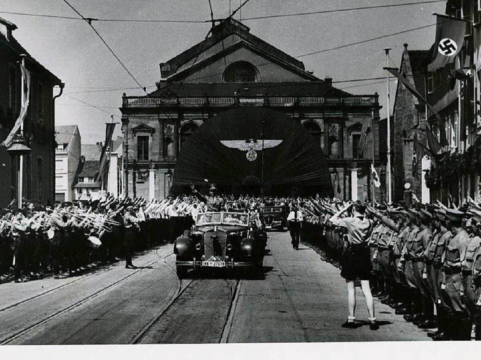 Gauleiter Robert Wagner fährt durch Colmar.  | Foto: Archives Départementales du Haut-Rhin - Fonds Bopp 42J