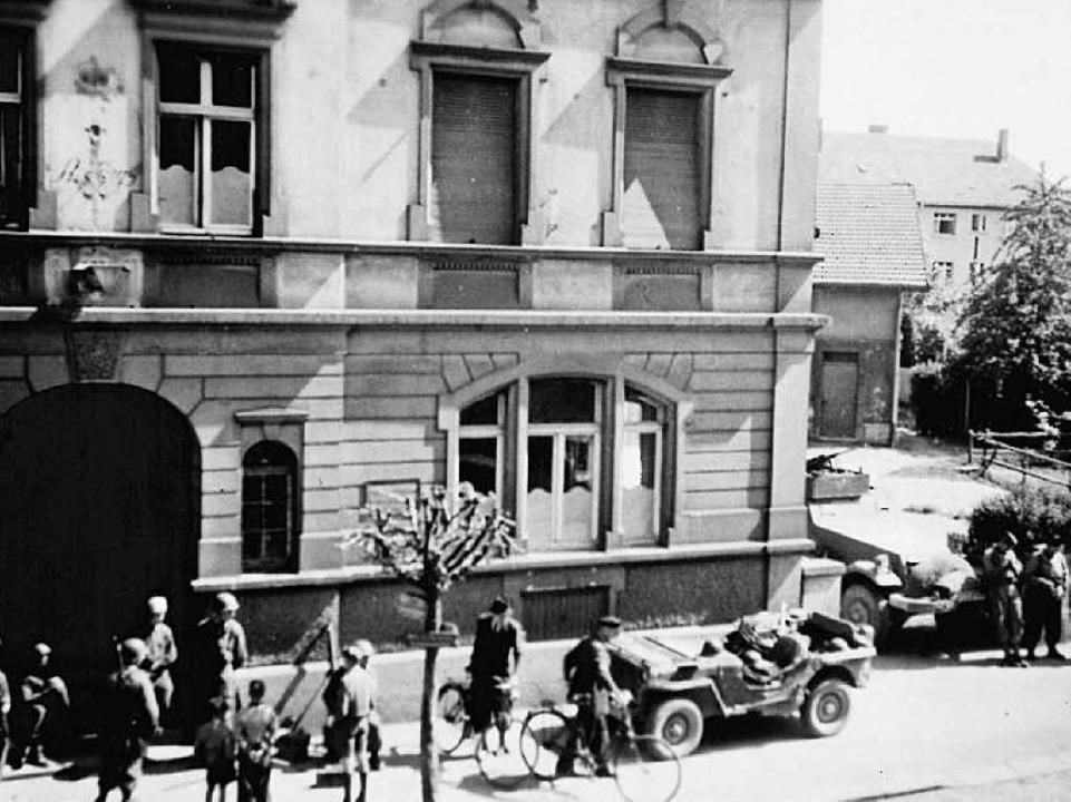 <BZ-Versal></BZ-Versal>Rückblick auf e...egsende vor 70 Jahren in Rheinfelden.   | Foto: zvg