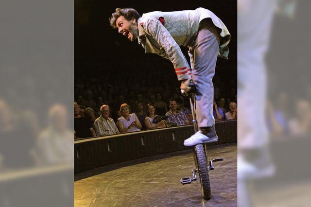 Der Circus Monti präsentiert sein Programm