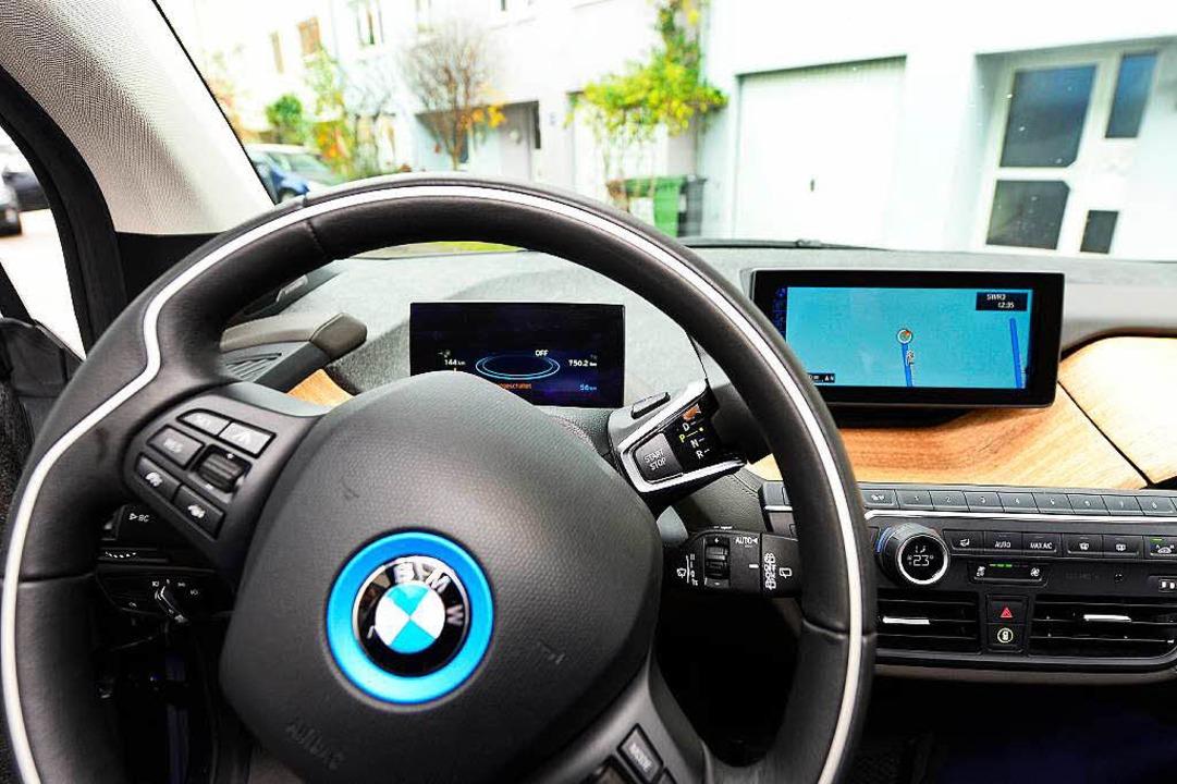 Überall dort, wo es Mobilfunk gibt, is...anz einfach: einsteigen und losfahren.  | Foto: Ingo Schneider