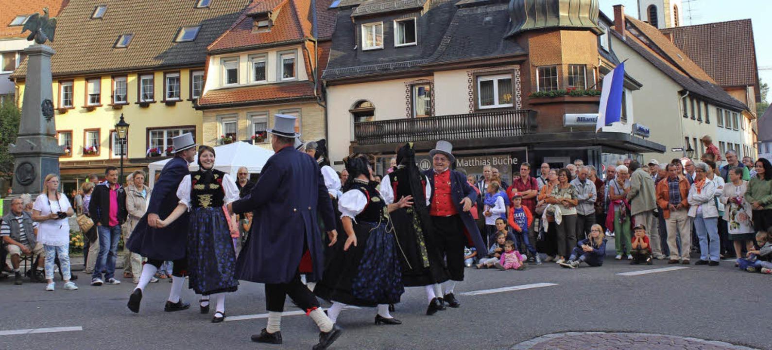 Rheinländer, Wechselrheinländer, Polka... bei der Löffinger Kulturnacht bewies.    Foto: Christa Maier