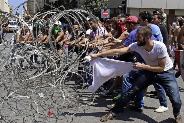 Müllchaos löst Proteste aus