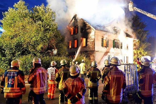 Brand zerstört künftige Asylunterkunft im Rems-Murr-Kreis