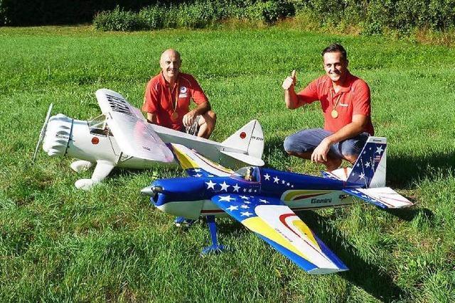 Modellflugbau: Ottmar und Tim Wehrle Deutsche Meister