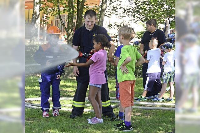 Kinder hatten viel Spaß bei der Feuerwehr