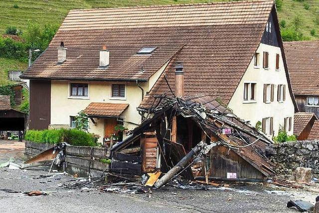 Kunstflug-Unglück in der Schweiz: Ursachenforschung läuft