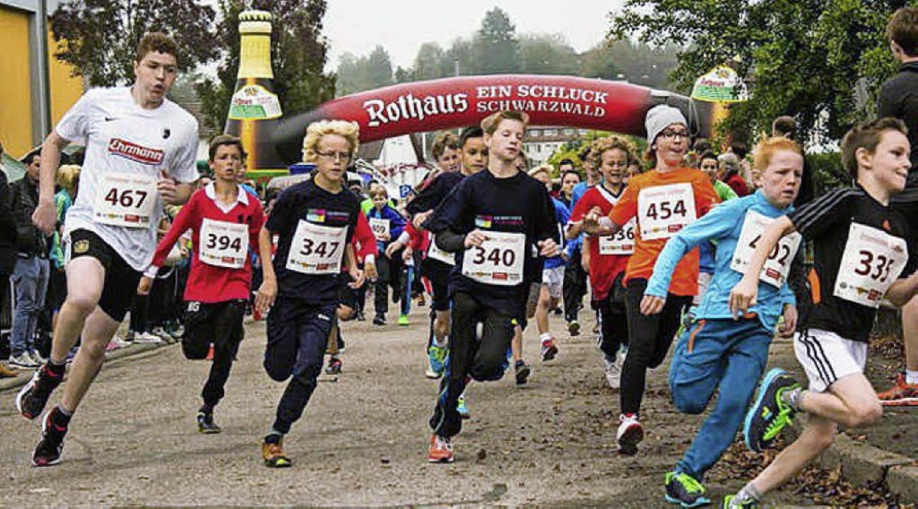 <BZ-FotoAnlauf>Laufsport:</BZ-FotoAnla...eldeportal des  Stadtlaufs ist offen.   | Foto:  Verein
