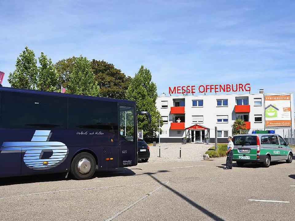 Für rund 500 Flüchtlinge ist Messe Off...g bis Montag, 31. August Übergangsheim  | Foto: Ralf Burgmaier